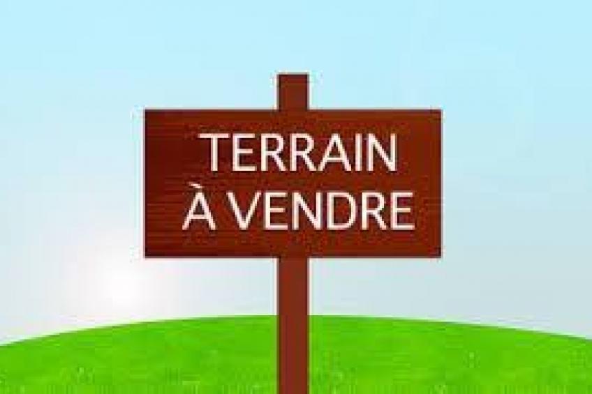 A VENDRE TERRAIN – LAOUINA – FB.796